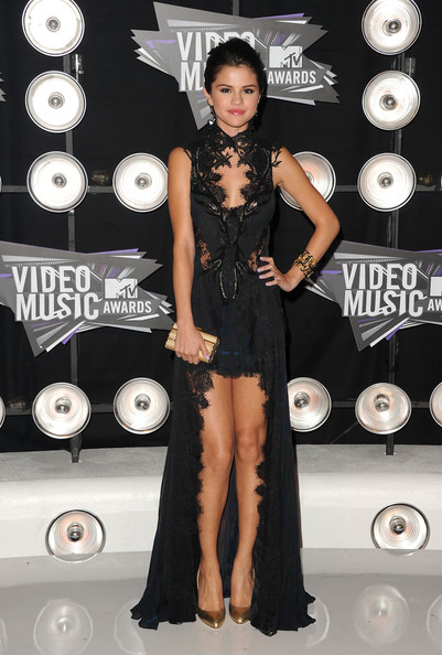 2011 Mtv VMAs Video Music Awards Fashion- Selena Gomez
